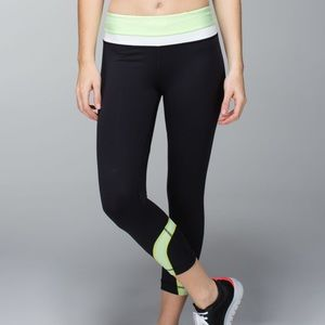Lululemon Run: Inspire Crop II Black & Green